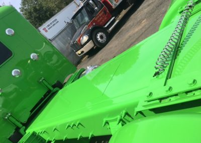 close up trailer bed view green 21