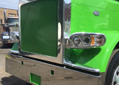 front grill view green 5