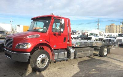 1831: 2018 Freightliner M2 w 22′ Chevron 12 Series LCG Aluminum Carrier