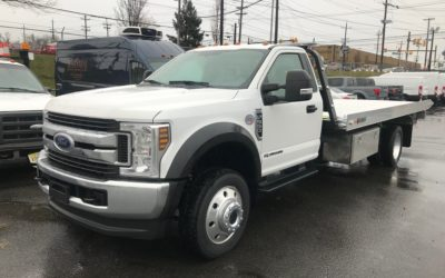 2046: 2019 Ford F-550 4×4 w 19′ Century 10 series Carrier