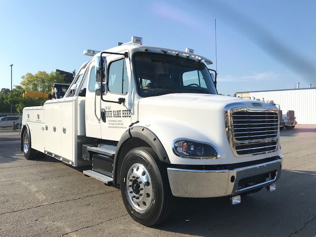 2158: 2020 Freightliner M2/112 Ext Cab w Century 5130 Tow Truck