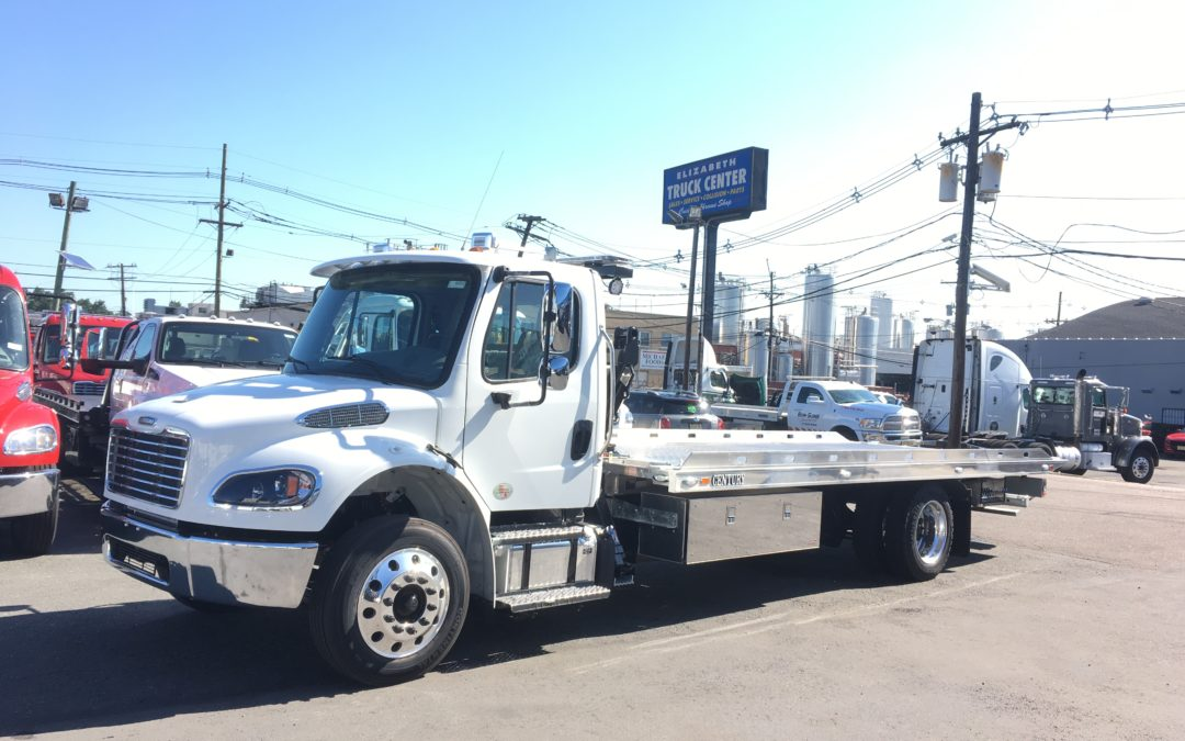 2252: 2020 Freightliner M2 w 22′ Century 16 series & SP9K Side Puller Tow Truck