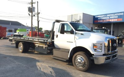 2170: 2019 Ford F-650 w 21′ Chevron 10 series Carrier