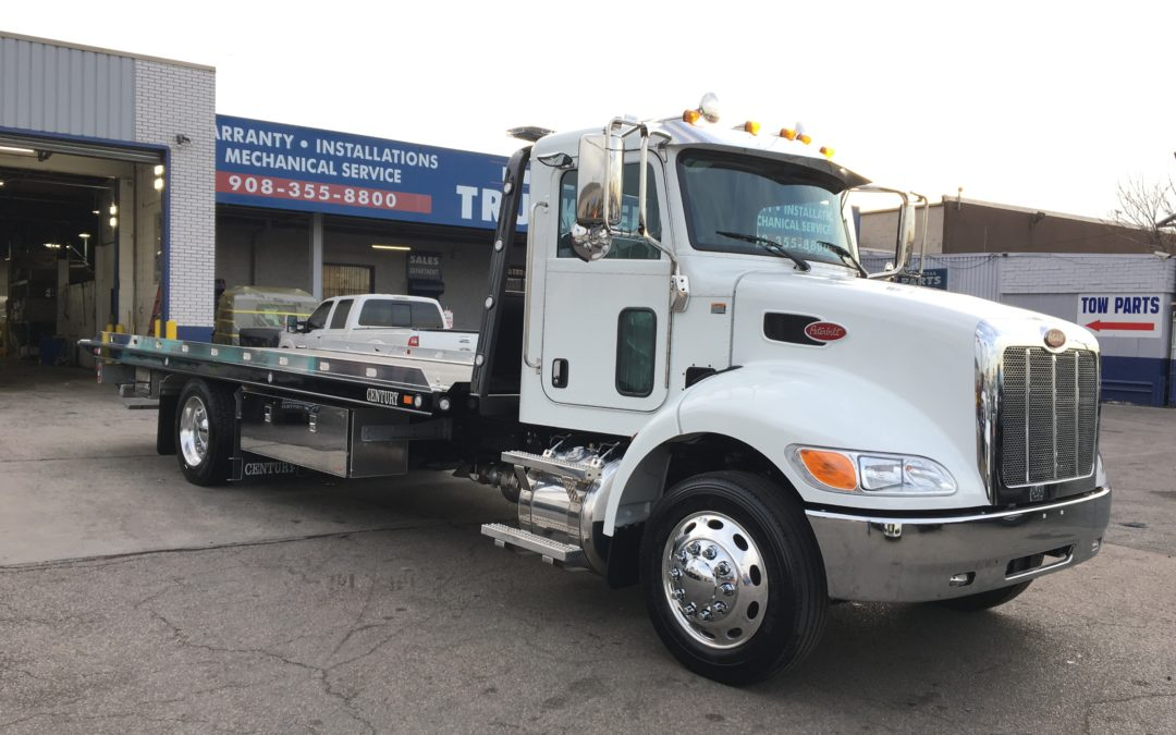 2236: 2020 Peterbilt 337 w 22′ Century 12 series Carrier