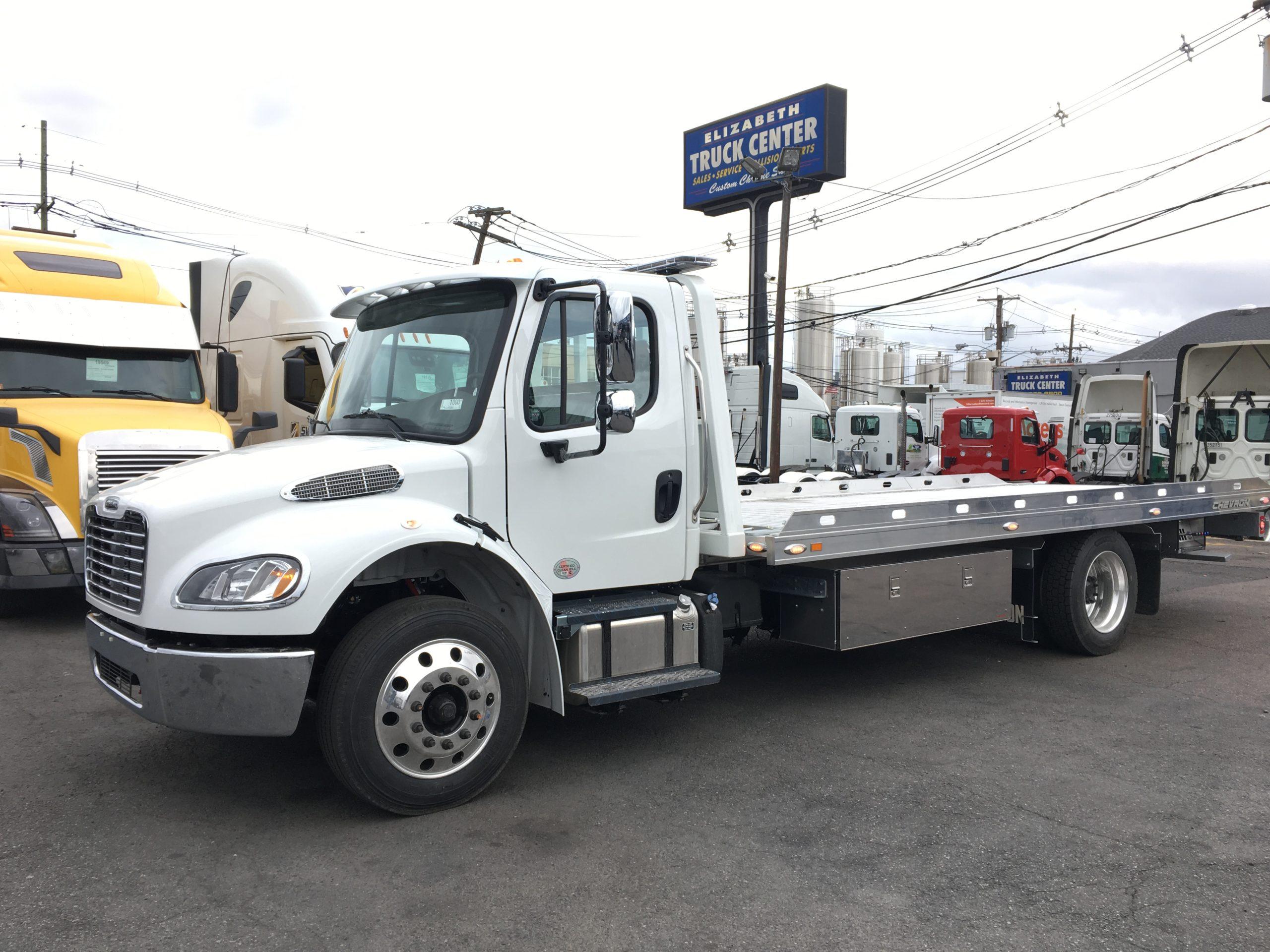 3060: 2021 Freightliner M2 w 21′ Chevron 12 series Aluminum Carrier