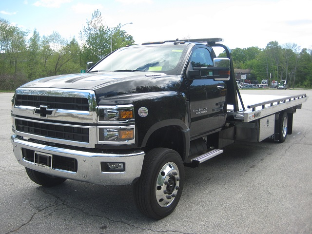 C-5500: 2020 Chevy 5500 4×4 w 20.6′ Century 10 series Carrier